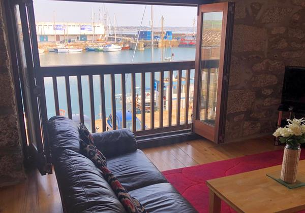 Sail Loft Balcony View Lounge2
